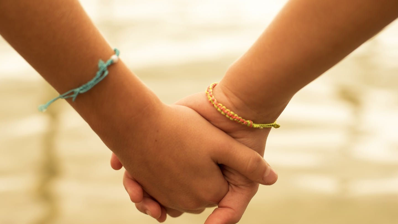 Sådan laver du venskabsarmbånd