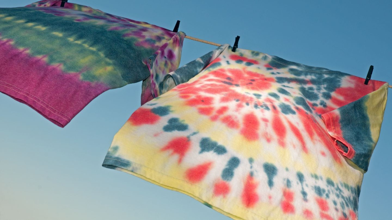 Farve til tøj - Trin for trin guide til at batikfarve tøjet